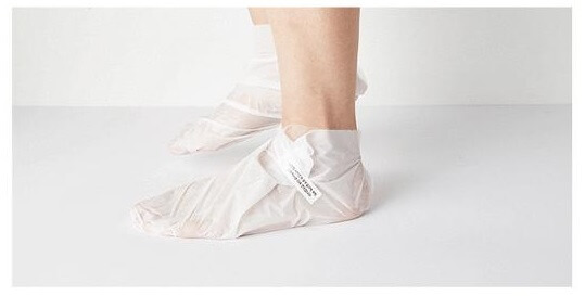 MISSHA_Paraffin_Heating_Foot_Mask_concept.jpg