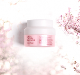 Осветляющий крем для лица с экстрактом вишни Tony Moly The Hayan Cherry Blossom Whitening Cream
